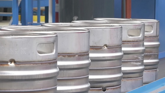 SS kegs at Entinox's beer barrel manufacturing plant in Zaragoza, Spain, before pickling. Photo courtesy of Henkel.